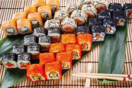 7 причин, почему стоит выбрать сервис доставки еды «Зебра»
